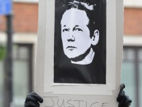 Assange to remain in custody in London