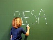 Vorschau: Ergebnisse der PISA-Studie 2009 werden veroeffentlicht
