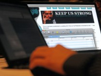 FRANCE-INTERNET-HACKERS-WIKILEAKS