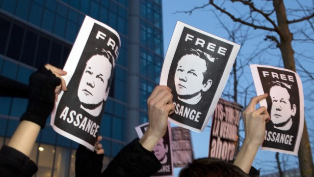 Wikileaks supporters demonstrate in support of founder Assange in Madrid