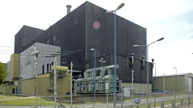 Gabriel will sieben älteste Atomkraftwerke gleich abschalten