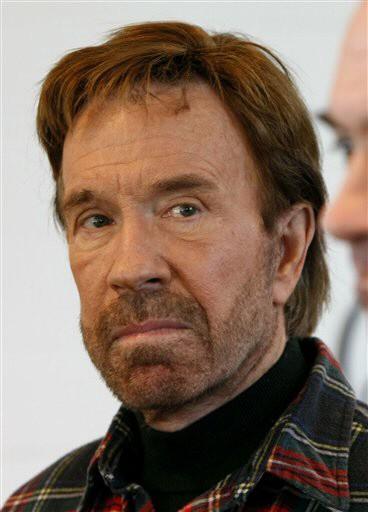 Chuck Norris Weihnachten.Chuck Norris Witze Chuck Norris Braucht Keine Uberschrift