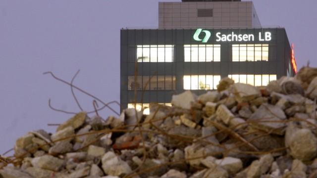 Sachsen fordert Schadenersatz von ehemaligen SachsenLB-Chefs
