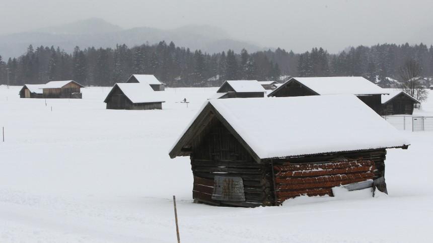 Snow covered meadow pictured in Garmisch-Partenkirchen