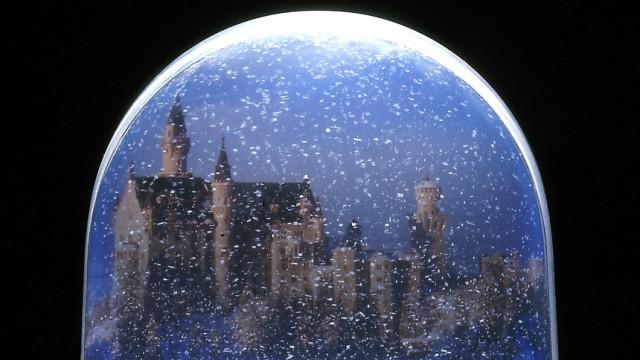 Schneekugel mit Neuschwanstein