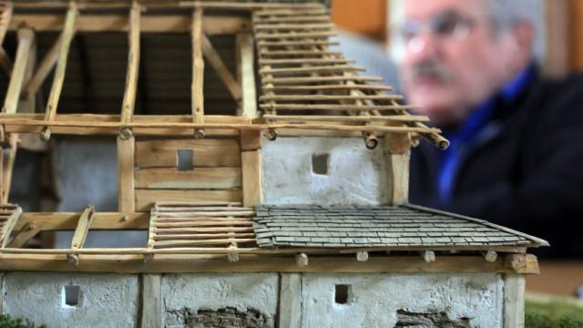 Bruck: Vorstellung Modell römische Villa Rustica beim archäologischen Verein