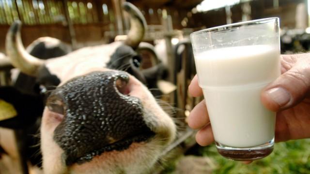 Milchwirtschaft-Beschäftigte bekommen drei Prozent mehr