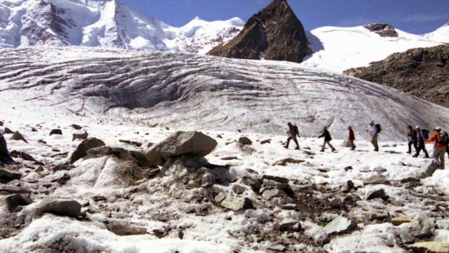 Umweltminister fordert  besseren Schutz der Alpengletscher