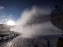 Schneekanonen im Einsatz