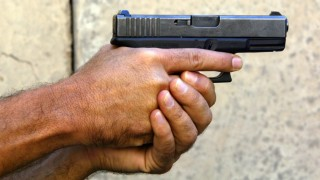 IRAQ-US-POLICE-GLOCK
