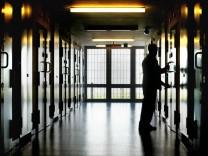 Bundestag beraet ueber Neuordnung des Rechts der Sicherungsverwahrung