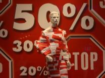 Einzelhandel büßt 2009 Umsatz ein