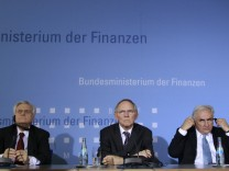 IMF Managing Director Strauss-Kahn ECB President  Trichet and German Finance Minister Schaeuble attend  news conference in Berlin
