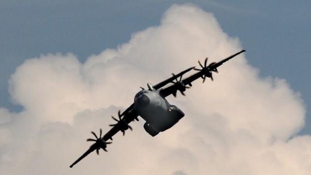 Koalition kuerzt Beschaffung beim Militaer-Airbus auf 40 Stueck