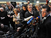 Guttenberg vor Verteidigungsausschuss
