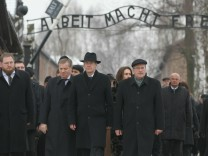 Wulff Attends Auschwitz Holocaust Commemoration
