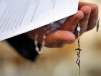 Jesuiten bieten Missbrauchsopfern Entschädigung