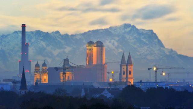 Münchner Alpenpanorama bei Föhnwetter
