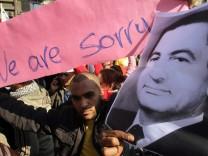 Pro Hosni Mubarak march in Cairo towards Tahrir Square