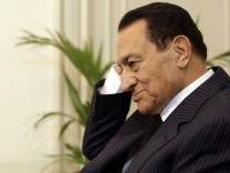 Egyptian broadcaster retracted reports on Mubarak's resignation