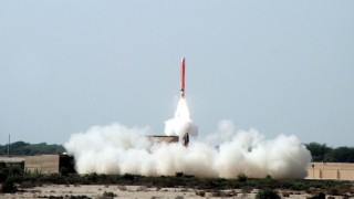 Pakistan successfully test-fires missile Hatf-VII