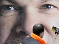 Neue Wahlplakate in der Hamburger Innenstadt