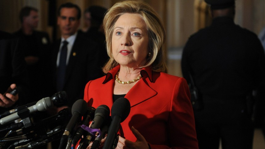 US Secretary of State Hillary Clinton delivers remarks to members