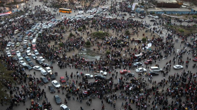 Egyptian Army Asserts Authority After Fall Of Mubarak Regime