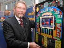 Zeitung: Dubiose Parteispenden aus Gluecksspielkonzern