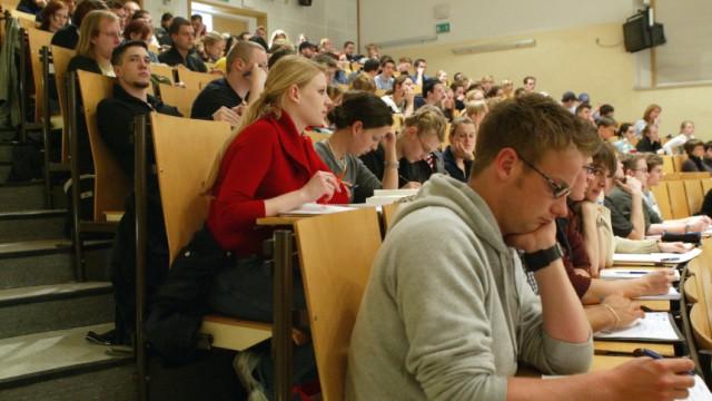 Thueringen sieht moeglichem 'Ansturm' auf die Hochschulen positiv entgegen