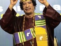 Muammar Gaddafi auf der Konferenz für afrikanische Könige 2010