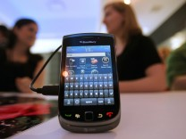 RIM And AT&T Announce New Touchscreen Blackberry