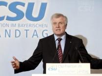 Seehofer Verteidigungsminister Guttenberg Schavan Lammert