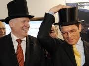 Wirtschaftspolitik CSU Horst Seehofer Guttenberg Wirtschaftsminister Ministerpräsident Bayern ddp