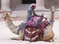 Petra, Jordanien, Vergangenheit, Historisch, Altertuemlich, Antiquität, Archäologie, Architektionisch, Wüste