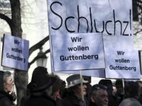Guttenberg-Anhänger demonstrieren in München