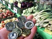 Zalhlen mit Euro im Lebensmittelhandel