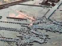 Schweres Erdbeben erschüttert Japan - Tsunami