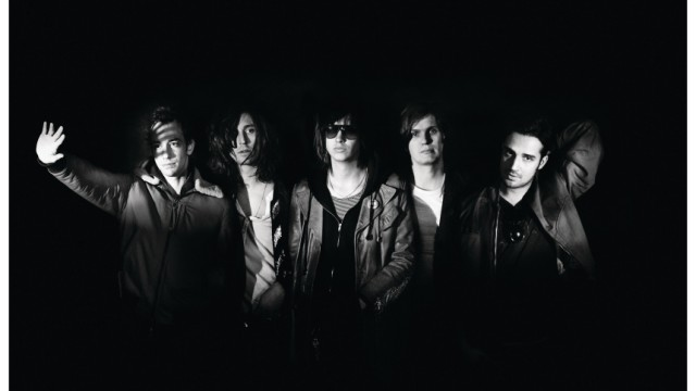 Musik The Strokes: Angles