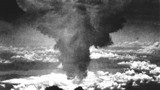 Explosion der Atombombe in Nagasaki