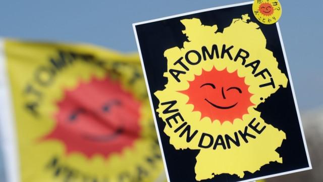 Geissler fordert Volksabstimmung ueber Atomausstieg