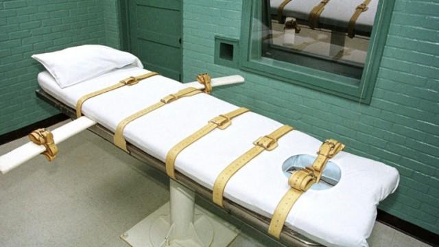 In solchen Kammern wird in den USA die Todesstrafe vollzogen. Eine ganze Reihe von Pharmaunternehmen weigert sich inzwischen, die Henker mit den Bestandteilen des dazu verwendeten Todescocktails zu ve