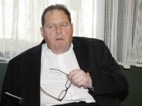 Prozess um Noetigung von Ottfried Fischer vor dem Abschluss