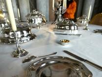 Themendienst Wohnen: Silberbesteck braucht besondere Pflege