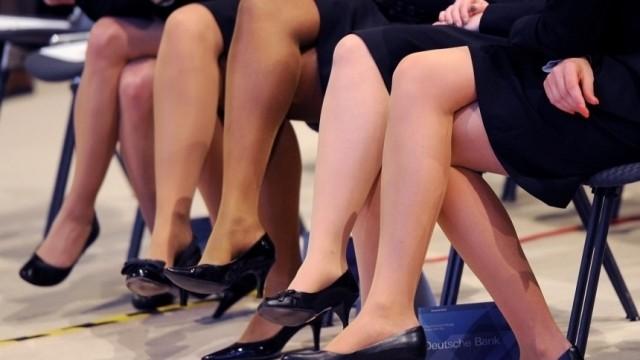 DAX-Konzerne verpflichten sich zu Erhoehung der Frauenquote