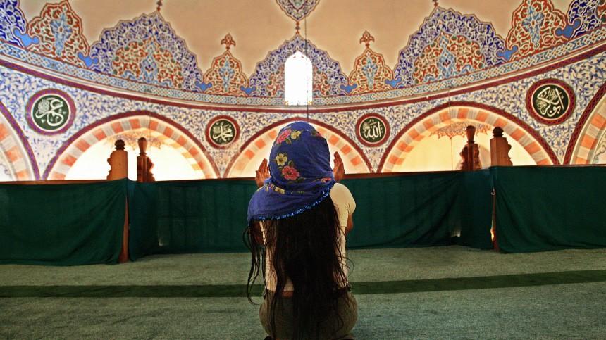 TURKEY-MUSLIMS-PRAYER