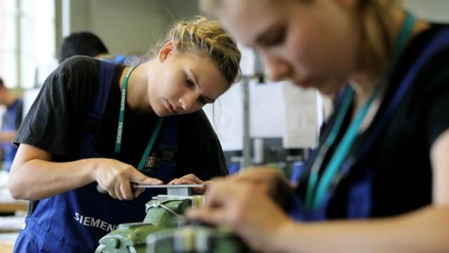 New Trainees Begin Training Programs