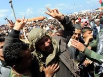 Libyen - Freitagsgebet und Trauerfeier