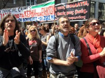 Greek striking journalists photographers and employees of media g