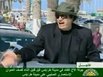 Versucht, Volksnähe zu demonstrieren: Libyens Machthaber Gaddafi bei seinem jüngsten Auftritt